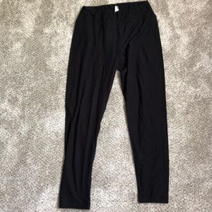 LuLaRoe NWOT Black leggings